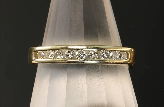 Vintage! 14K Yellow Diamond Wedding Band