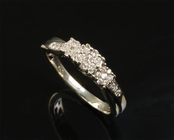 10K White Gold Vintage .30 tcw Diamond Engagement Ring