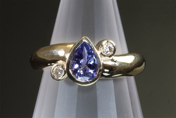 Vintage 14K yellow gold pear shaped tanzanite diamond ring, estate jewelry, violet purple gemstone, treat yourself, gift for her