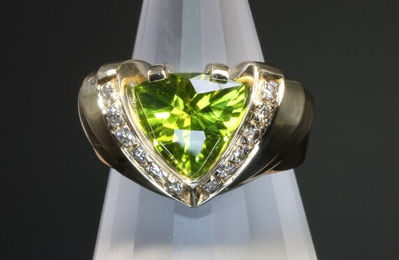 Vintage Trillion Peridot and Diamond 14K Gold Ring