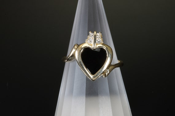 Vintage black onyx heart and diamond 14K yellow gold ring, lovely gift for her, Mothers Day, sweetheart, treat yourself, love