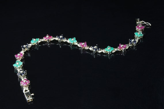 Vintage 14K yellow gold emerald, sapphire and ruby floral woman's bracelet, precious gemstones , flower power, gift for her