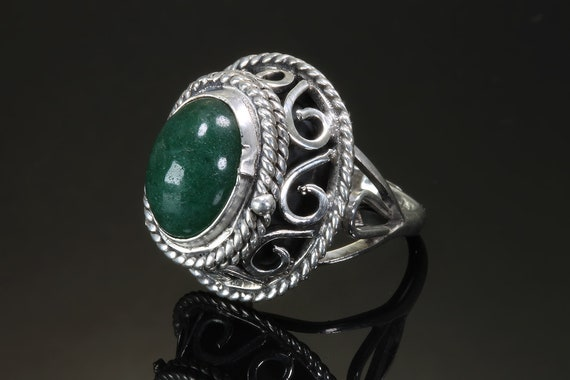 Vintage Taxco Sterling Silver Green Aventurine Scroll work ornate poison ring, hinged secret compartment,adjustable unisex jewelry