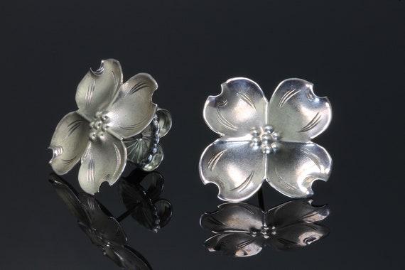 Vintage Stuart Ny Sterling Silver Dogwood Earrings