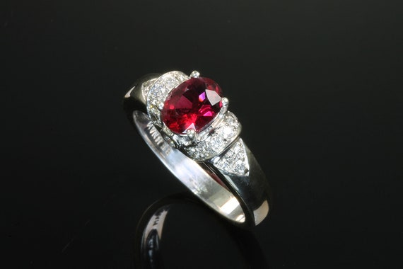 Ravishing red spinel and diamond ring, 14K white gold unique engagement cocktail righthand ring, vintage jewelry woman;s fashion, stunning