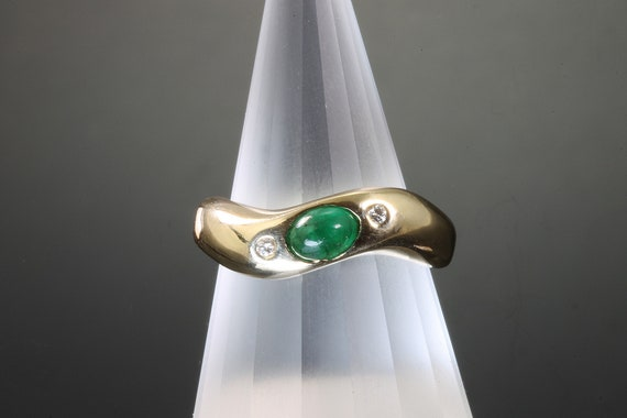 Vintage emerald cabochon and diamond 14K yellow gold ring, May birthstone green vintage unisex jewelry elegant gift for anyone