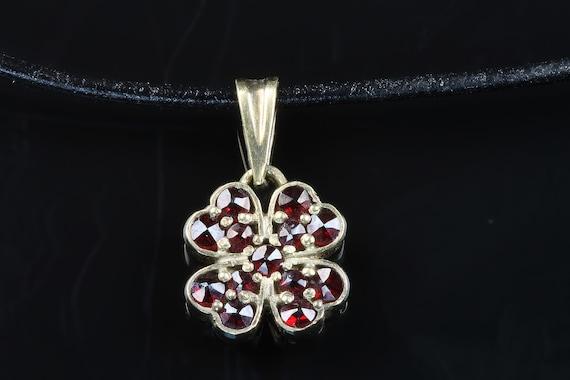 Vintage 900 Silver vermeil Bohemian garnet shamrock pendant red pyrope carbuncle, good luck symbol great gift for anyone January birthstone