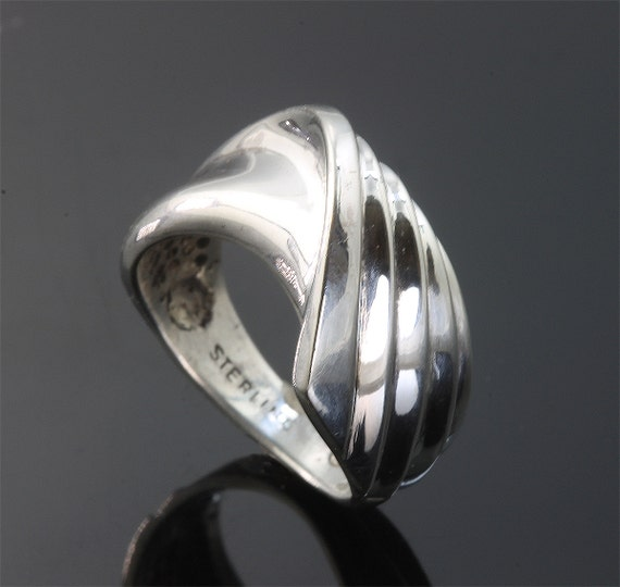Sterling Silver Woman's Fashion Ring by Cavallo Fine Jewelry