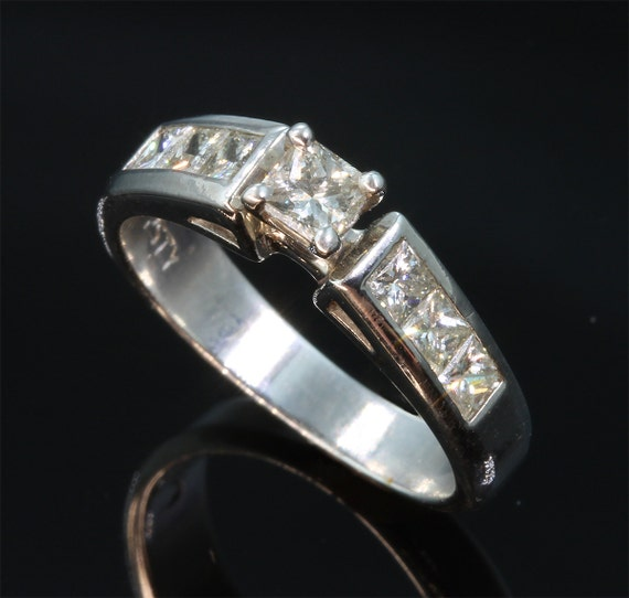 Vintage 14K White Gold, 1.25 tcw Diamond Engagement Ring