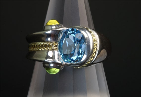 Handmade sterling silver and 18K yellow gold ring with Swiss Blue Topaz and Peridot cabochons, colorful unisex statement jewelry