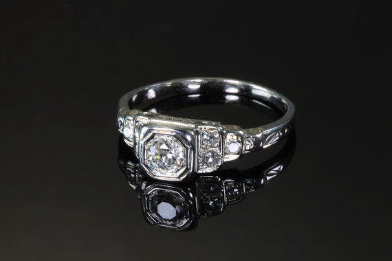 Vintage Art deco style Diamond Engagement ring, sparkles galore, make her smile, marry me, wedding bells, bride to be
