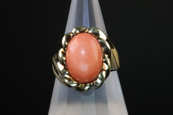 14K yellow gold coral cabochon ring, vintage jewelry womans fashion, retro style gift for her cocktail ring ladies accessory beachy