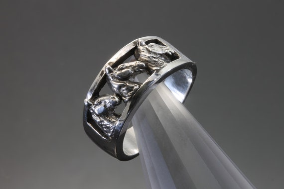 Handmade sterling silver Tennessee Walker ring, Cavallo herd collection, horse breeds, equestrian gift, unisex jewelry, tally ho!