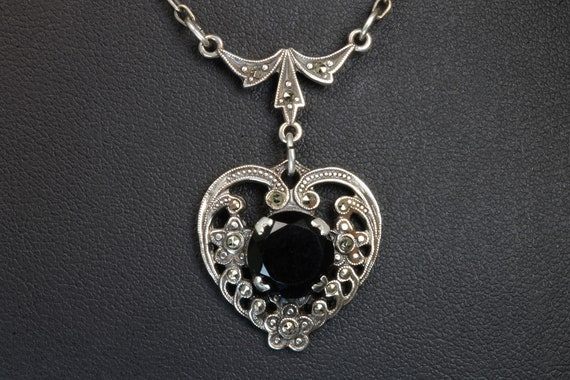 Vintage sterling silver black onyx marcasite heart necklace, retro womans fashion, great gift idea for her, everyday wear