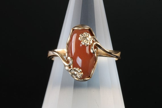 Soviet Union Russian 583 rose gold ring carnelian floral design woman's fashion, vintage jewelry Mother's Day gift, 14K flower power