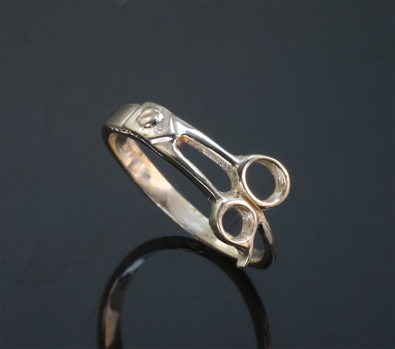 14K Gold Ladies 'Pinkie' Scissor Ring © by Cavallo Fine Jewelry