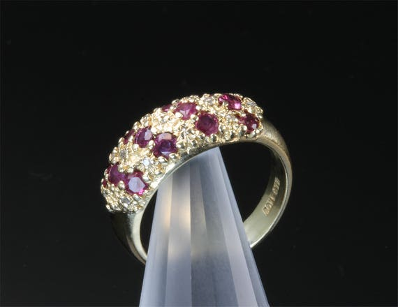 10K Yellow Gold Ruby and Diamond Vintage Band
