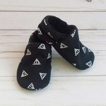 Harry Potter Deathly Hallows: Handmade Soft Sole Shoes Cotton Knit Fabric Non-Slip Booties Baby Toddler Child Adult