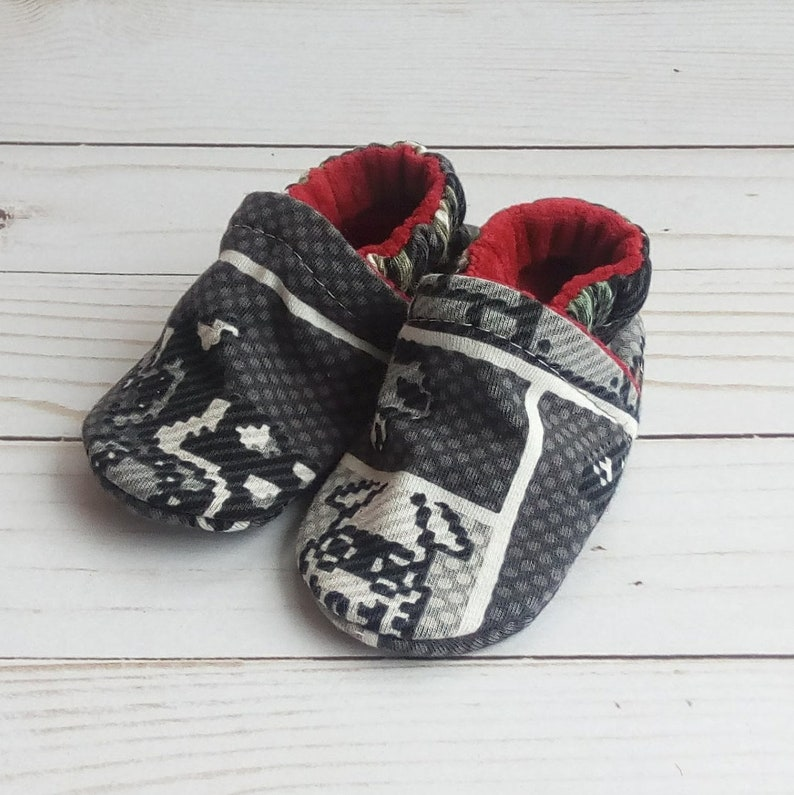 Super Mario Bros: Handmade Baby Shoes Soft Sole Cotton Knit image 0