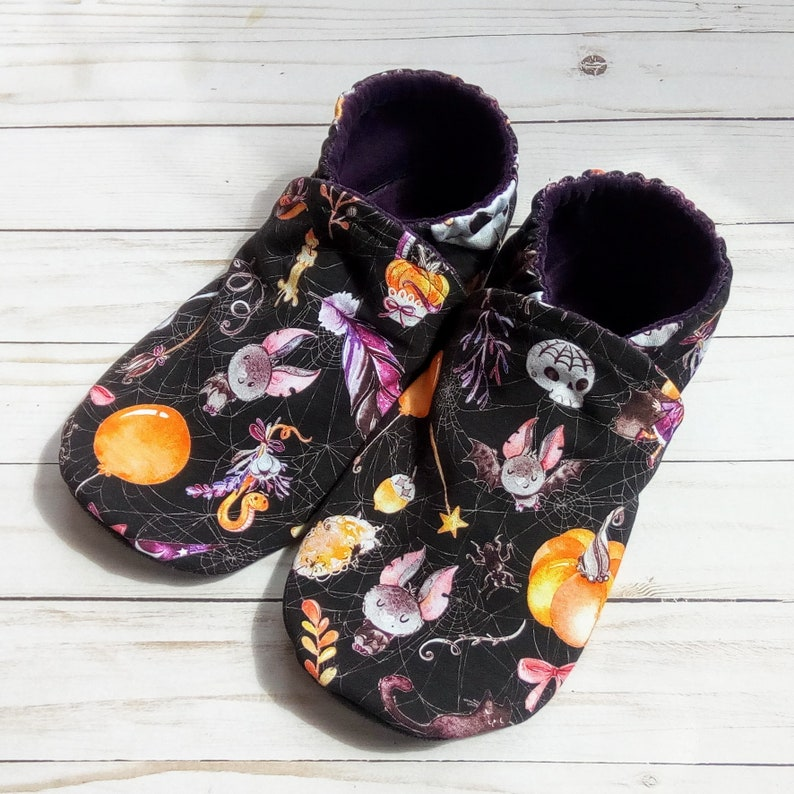 Going Batty: Handmade Baby Shoes Soft Sole Cotton Knit Fabric image 0