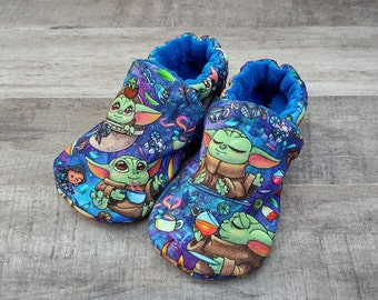 Baby Alien: Handmade Soft Sole Shoes Cotton Knit Fabric Non-Slip Booties Baby Toddler Child Adult