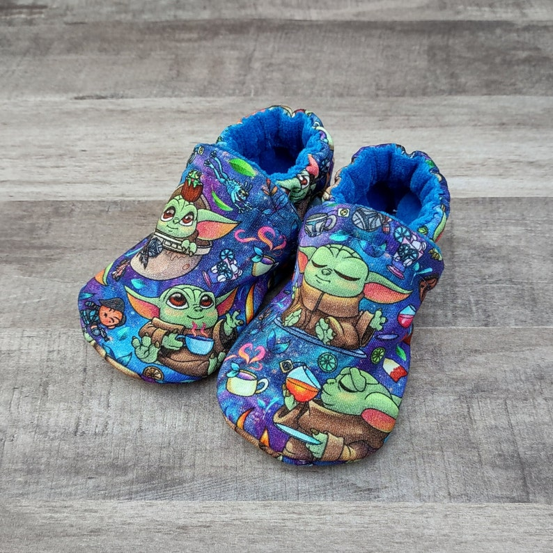Baby Alien: Handmade Soft Sole Shoes Cotton Knit Fabric image 0