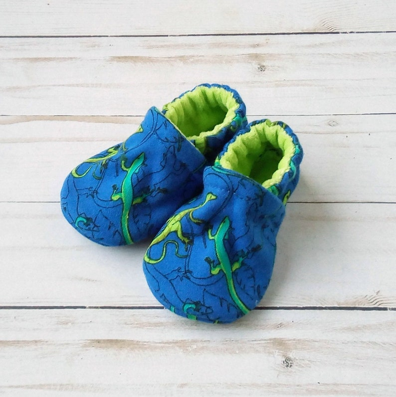 Lizards: Handmade Soft Sole Shoes Cotton Knit Fabric Non-Slip image 0