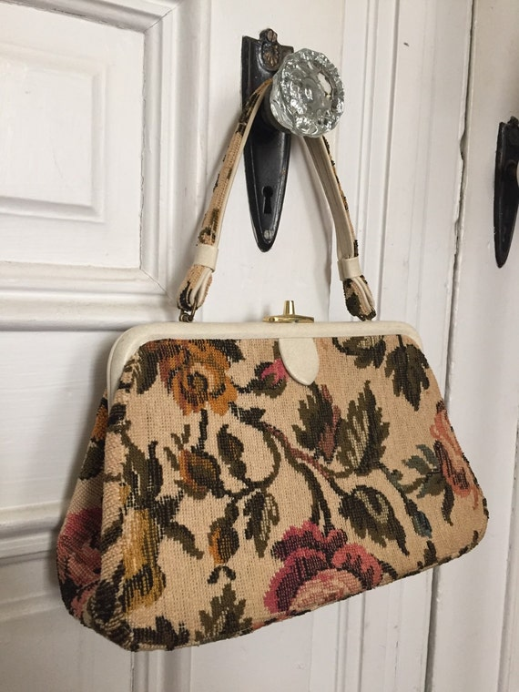 Vintage 1950s tapestry floral carpet bag purse