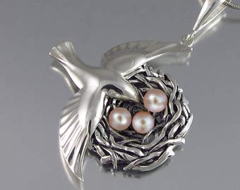BIRD NEST sterling silver pendant with Pink Pearls - Ready to ship