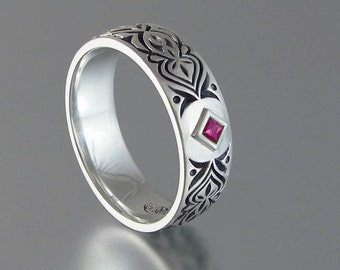 ALHAMBRA mens unisex wedding band 14K gold with princess cut Ruby