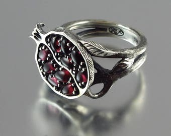 POMEGRANATE garnet silver ring