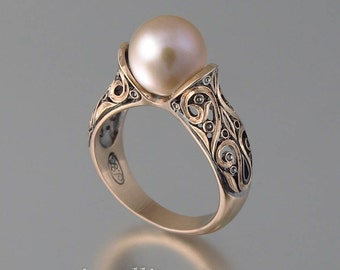 The ENCHANTED PEARL 14K rose gold ring pink pearl