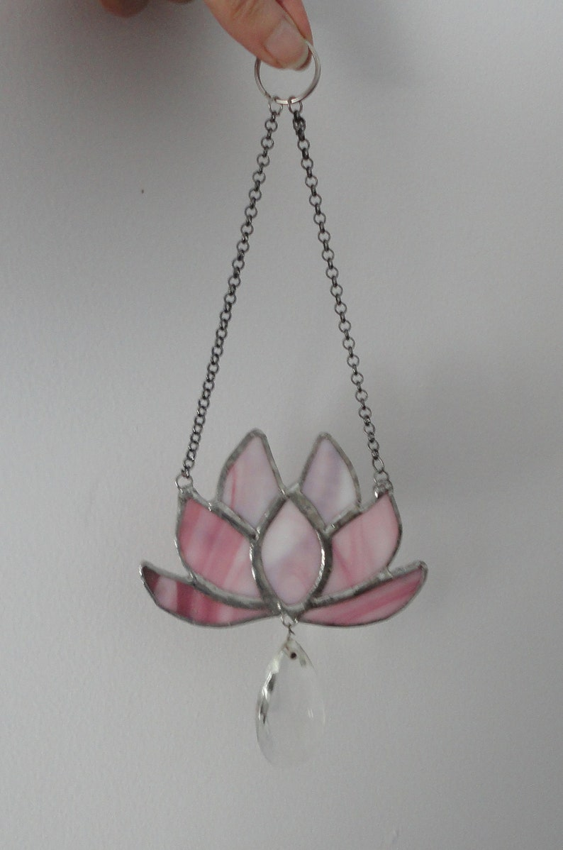 Vintage Crystal Home Decor Sculpture Ornament Pink Stained Glass Sacred Sun Catcher Vintage Glass Lotus Flower Window Hanging Yoga