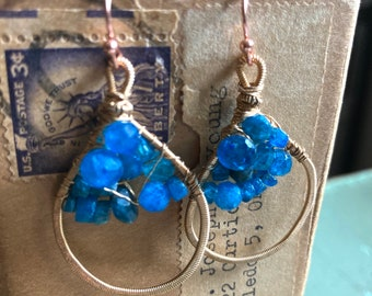 Neon Apatite Strung-Out guitar string hammered teardrop earrings