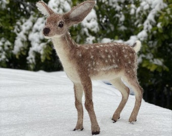 Dixie the Deer needle felting kit - Large model with detailed photo tutorial