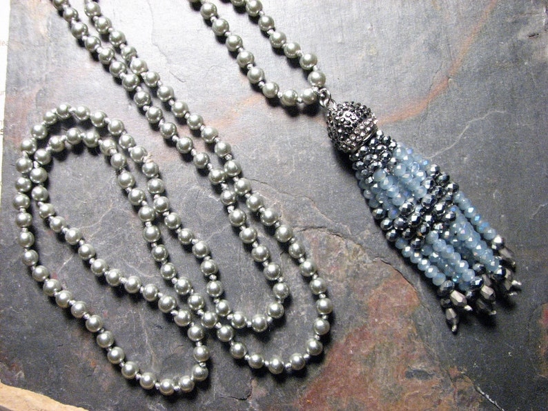 No Clasp Steel Gray Glass Pearls Rhinestone Marcasite Accent 33 Inches Cornflower Blue Mystic Fire Beaded Tassel Mala Knotted