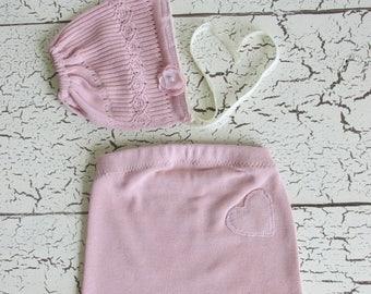 Newborn Girls Photo Prop outfit, handmade, pink heart shorts and bonnet, photography costume