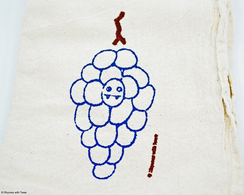 Purple Grapes Kitchen Towel GILA GRAPES Fanged Fruit image 0