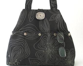 eb4800052a chic bag purse