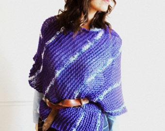 Hand knitted blue wool poncho - The diverted route