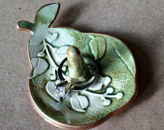 Ceramic Ring Holder Ring Dish Ring Bowl Kitchen ring holder Pear edged in gold Moss Green