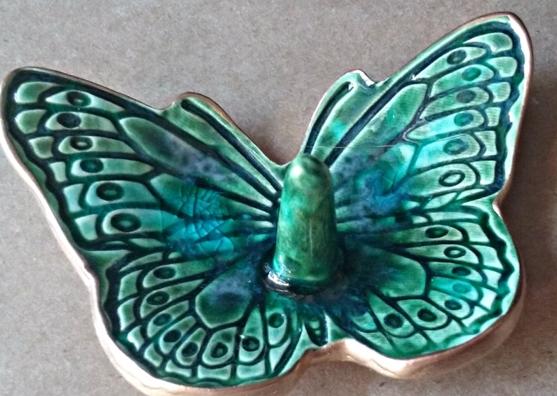 Ceramic Butterfly Ring Holder Dish Peacock Green edged in Gold   Wholesale  available