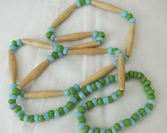 Eastern Woodlands Native American necklace Bone hairpipe Czechoslovakian Glass Trade beads Sale