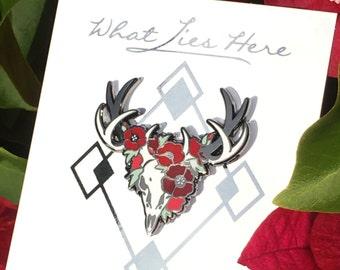 Red Poppies Deer [Enamel Pin]