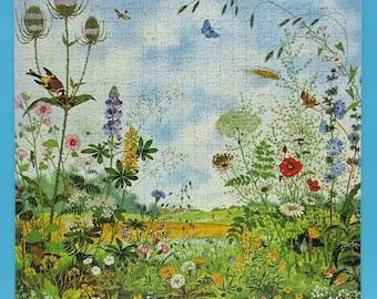 """Vintage Heye Jigsaw Puzzle, 750 pieces, complete, """"In the Meadow"""" (Auf der Wiese) by Gerda Müller, Schöne Welt series, 1980s, countryside"""