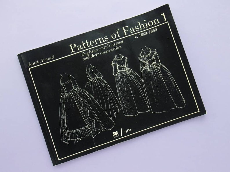 Patterns of Fashion 1: Englishwomen's dresses and their image 0