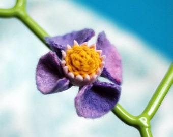 Felt Hair Flower Clip . Purple and Mustard