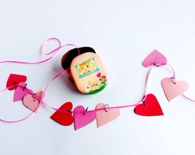 mini HEART GARLAND in a Valentine Box | Hearts to Hang in your Home or Office | Vintage Valentine Box with Heart Garland | Gifts by Val