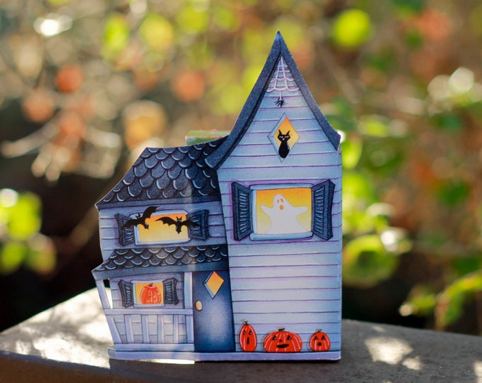 Haunted House HALLOWEEN CANDY BOX   Halloween Candy Box   Classroom Party Gift   Halloween Decor   Centerpiece   Party Favor   Cookie Box