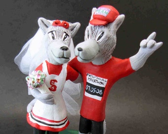 NC State Mr. and Ms. Wuf Wedding Cake Topper , North Carolina State Graduate's wedding Cake Topper, Mr. Wuf Wedding Cake Topper